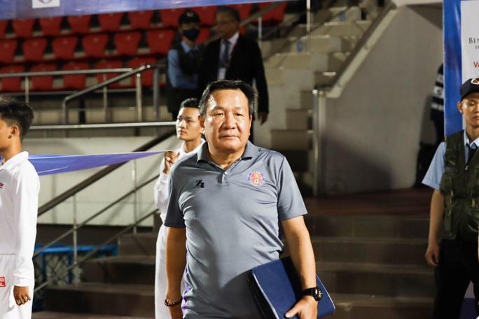 HLV của Sài Gòn FC bất ngờ từ chức - Ảnh 1.