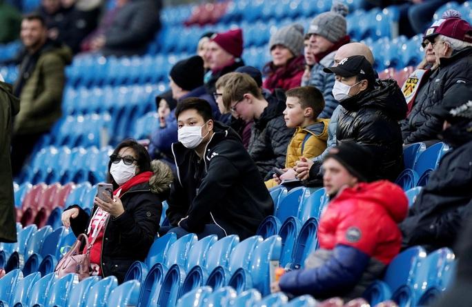 Sốc: Hoãn vô thời hạn Champions League và Europa League - Ảnh 4.