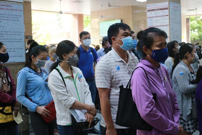 Kết quả xét nghiệm 20 người tiếp xúc ca nhiễm Covid tại chung cư quận 10 - Ảnh 1.