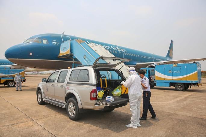 Máy bay Vietnam Airlines sẽ bay rỗng từ châu Âu về Việt Nam - Ảnh 1.