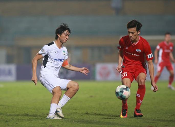 Vòng 2-V-League: Tuấn Anh trở lại ấn tượng - Ảnh 1.