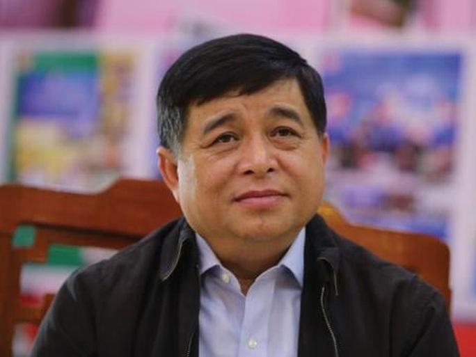 Xét nghiệm lần 3 âm tính với Covid-19, Bộ trưởng Nguyễn Chí Dũng đi làm từ 16-3 - Ảnh 1.
