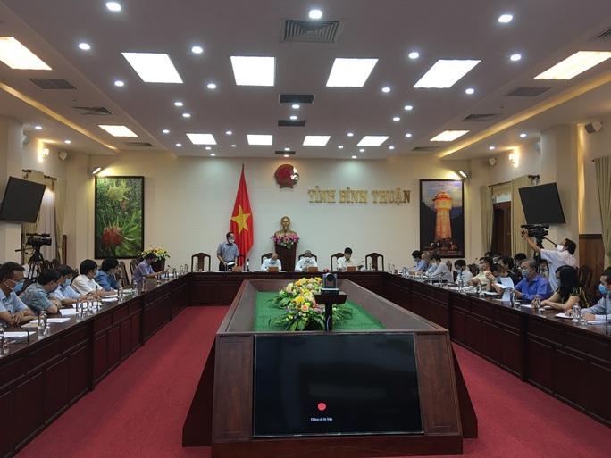 Covid-19: Ca bệnh thứ 34 khai báo nhỏ giọt, Bộ Y tế vào Bình Thuận - Ảnh 1.