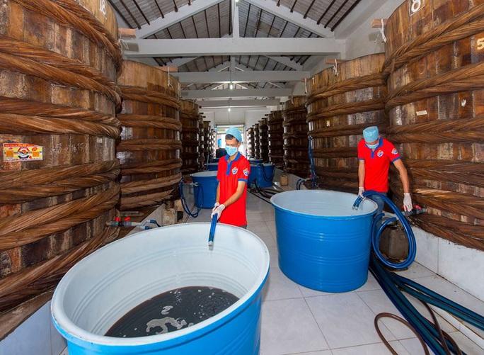 Nước mắm Hòa Hiệp đảm bảo an toàn vệ sinh thực phẩm - Ảnh 7.
