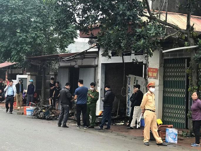 Cháy nhà trong đêm, 3 người trong 1 gia đình tử vong, 1 người bị bỏng nặng - Ảnh 1.