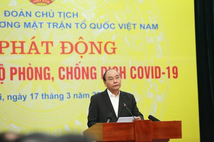 CLIP: Thủ tướng quyên góp ủng hộ phòng chống dịch Covid-19 - Ảnh 3.