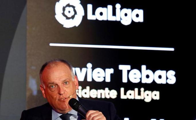 La Liga hoãn vô thời hạn, Barcelona và Real Madrid ngẩn ngơ - Ảnh 1.