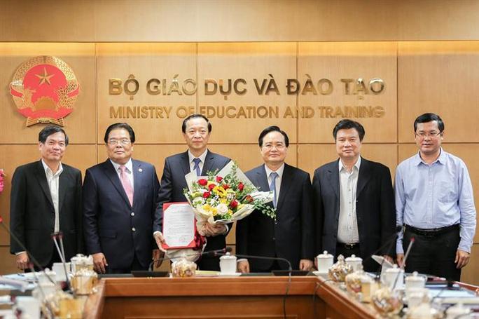 Thứ trưởng Phạm Ngọc Thưởng giữ chức Bí thư Đảng uỷ Bộ GD-ĐT - Ảnh 1.