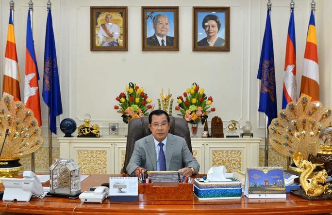 Campuchia tạm dừng nhập cảnh đối với công dân Việt Nam vì Covid-19 - Ảnh 1.