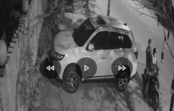 Bắt kẻ đập kính hàng loạt ôtô trộm tài sản ở Tam Kỳ - Ảnh 2.