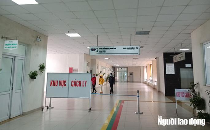 Bên trong khu cách ly ở Hà Nội: 1 cán bộ phục vụ 20 người, suất ăn 57.000 đồng/ngày - Ảnh 2.
