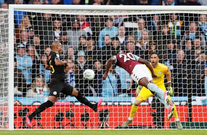 Man City lập hat-trick vô địch League Cup, Pep tiến sát kỷ lục - Ảnh 4.
