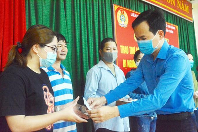 Đà Nẵng: Chia sẻ khó khăn với người lao động mất việc - Ảnh 1.