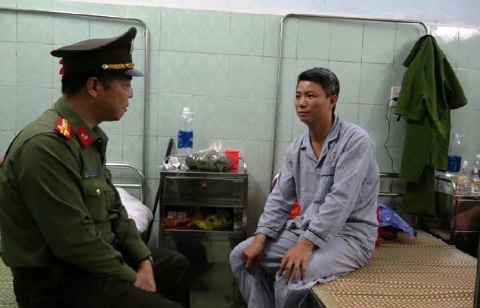 Khởi tố, bắt giam Thảo nghé do đánh đại úy công an nhập viện - Ảnh 2.