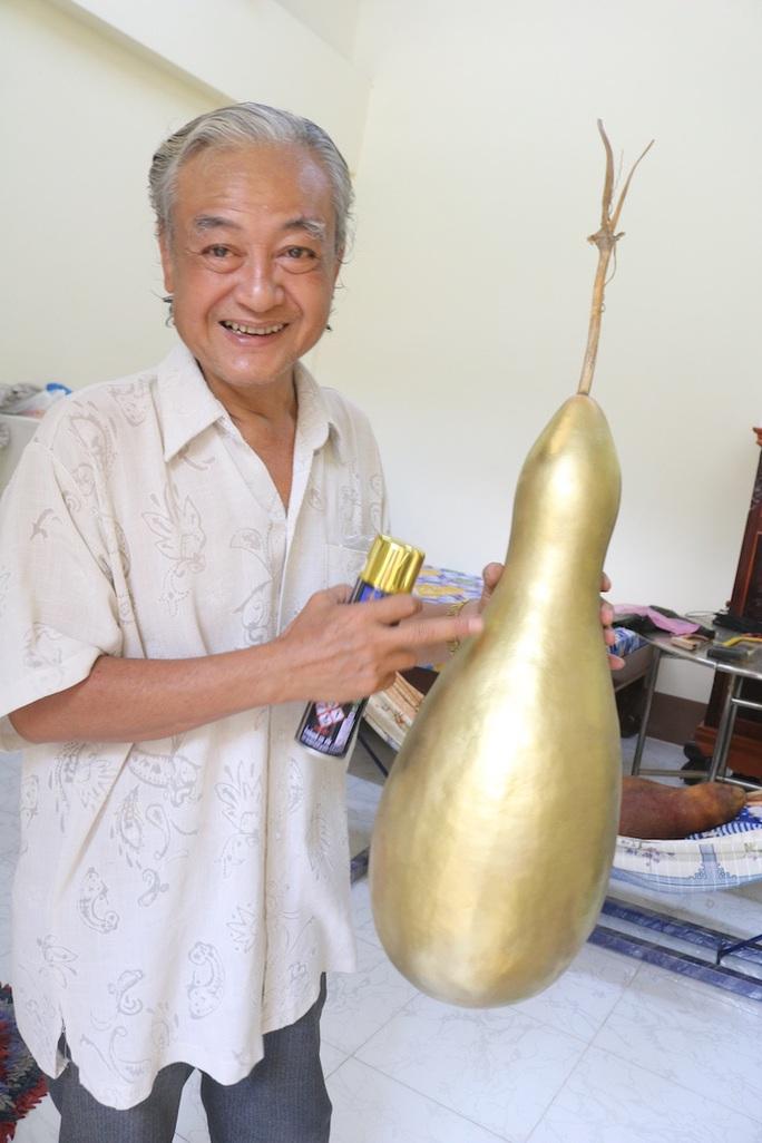 Lạ lùng những trái bầu siêu to, khổng lồ nặng từ 15-30 kg - Ảnh 9.