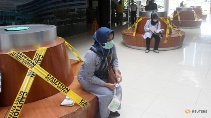 Covid-19: Số người chết ở Indonesia cao nhất Đông Nam Á, Thái Lan chứng kiến số ca nhiễm lớn nhất - Ảnh 1.