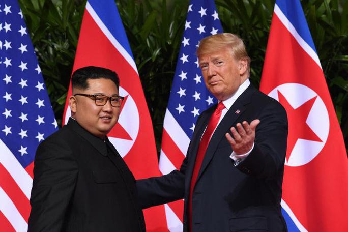 Triều Tiên: Ông Trump gửi thư, đề nghị hợp tác chống Covid-19 - Ảnh 1.