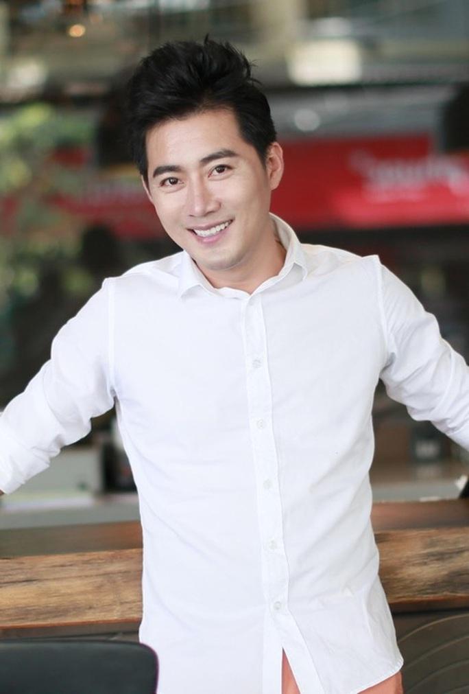 Diễn viên Khôi Trần: Chuyện lấy tình, tiền đổi vai diễn là có thật - Ảnh 2.