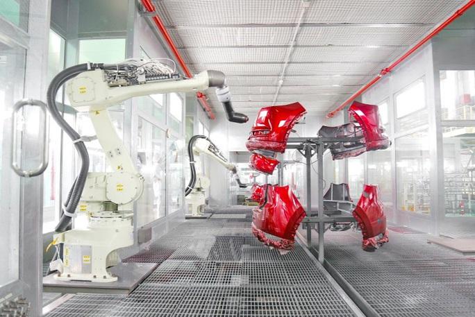 THACO tham gia chuỗi cung ứng linh kiện nhựa toàn cầu - Ảnh 3.