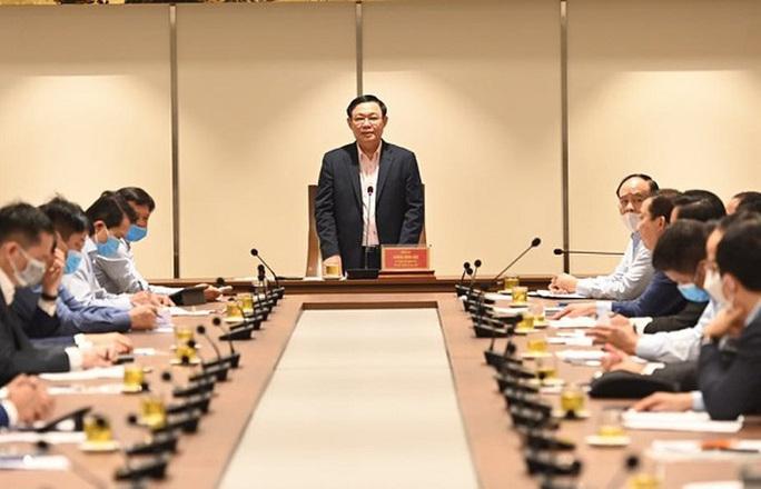 Bí thư Vương Đình Huệ: Huy động các khách sạn vào cách ly tập trung cho người tự chi trả - Ảnh 2.