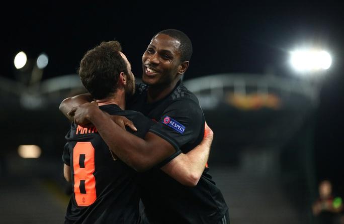 Man United sẽ chi 15 triệu bảng mua đứt chân sút Nigeria - Ảnh 2.