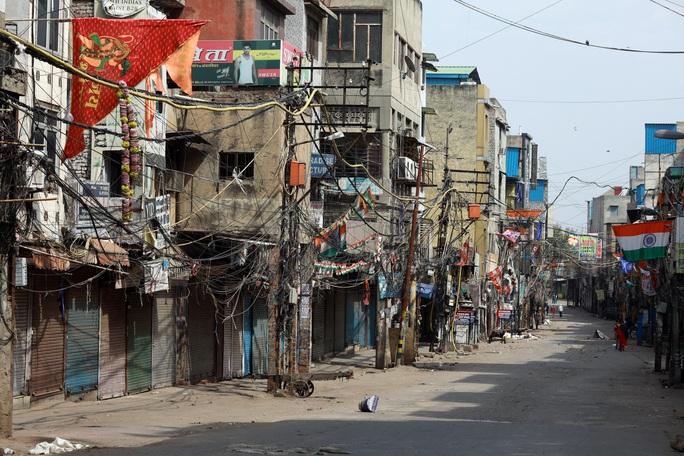 Covid-19: Ấn Độ cấm 1,3 tỉ dân ra khỏi nhà trong 3 tuần - Ảnh 1.