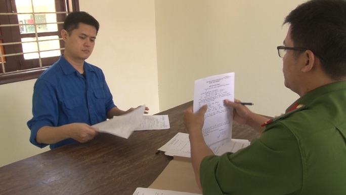 Bác sĩ hiếp dâm nữ điều dưỡng ở Huế bị khởi tố thêm tội danh thứ 3 - Ảnh 1.
