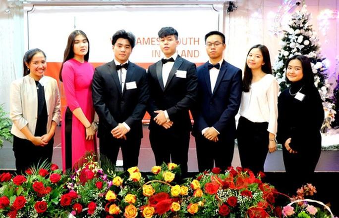 Bộ GD-ĐT nói gì về sức khoẻ du học sinh Việt tại các nước có dịch Covid-19? - Ảnh 1.