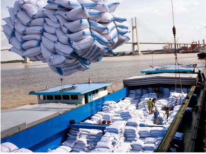 Đề xuất phương án xuất khẩu 400.000 tấn gạo trong tháng 4 - Ảnh 1.