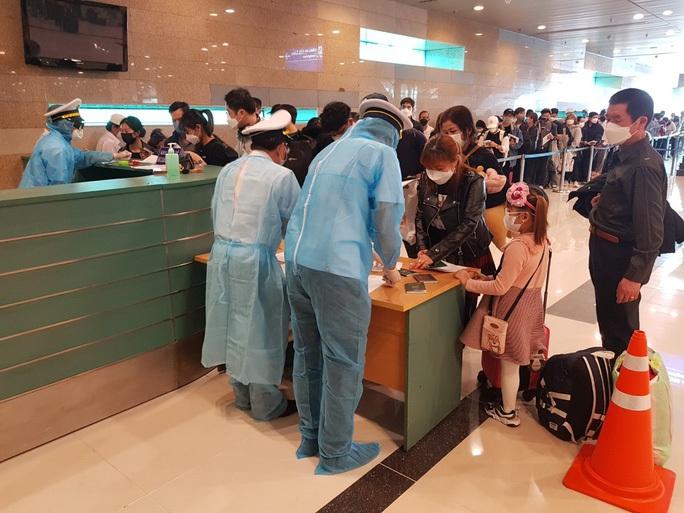 Sân bay Cần Thơ, Vân Đồn đã chia lửa với Tân Sơn Nhất, Nội Bài như thế nào? - Ảnh 1.
