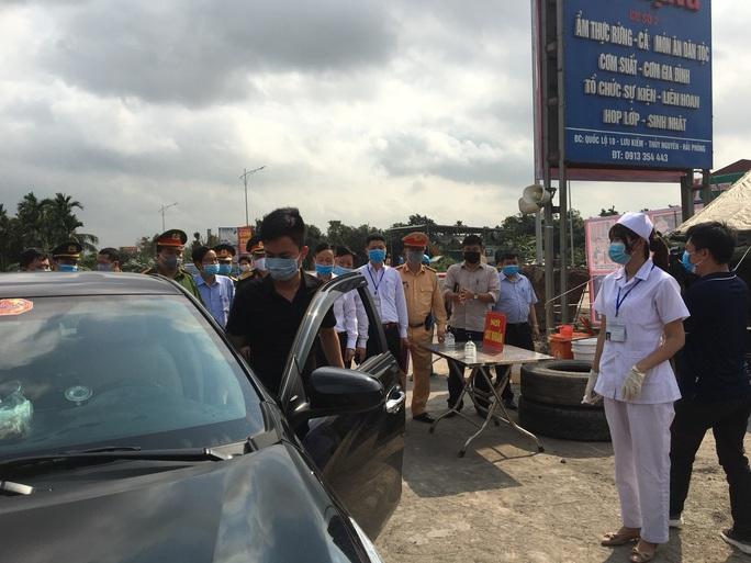 Hải Phòng lập 6 chốt cửa ngõ vào TP, dừng hoạt động các nhà hàng, kinh doanh ăn uống đông người - Ảnh 2.