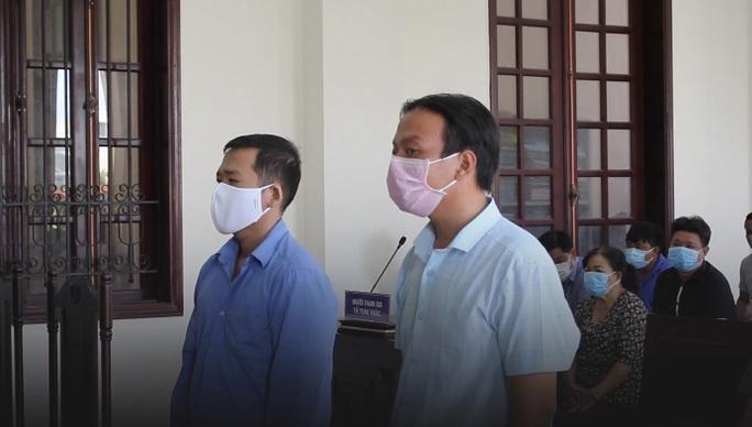 Cán bộ xã ém nhiều hồ sơ xây dựng không phép ở huyện Bình Chánh - Ảnh 1.