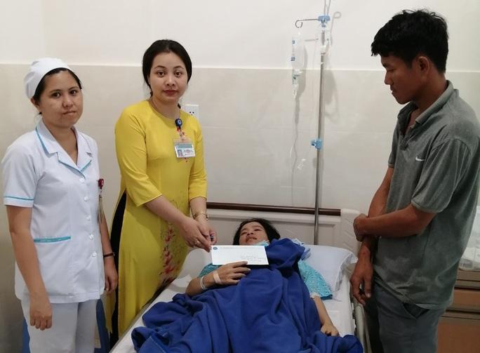 Chuyện trong lõi Phòng CTXH Bệnh viện Hùng Vương - Ảnh 1.
