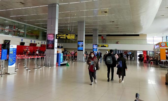 4 chuyến bay quốc tế đến Nội Bài hôm nay là chuyến bay rỗng - Ảnh 1.