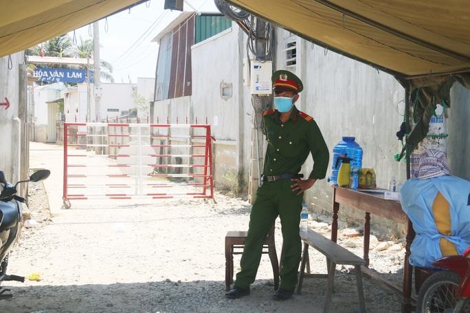 Covid-19: Ninh Thuận xin ý kiến Bộ Y tế cho xuất viện bệnh nhân 61 và 67 - Ảnh 1.