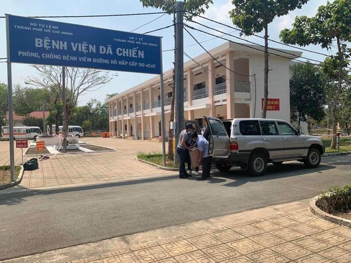 Nam bệnh nhân Covid-19 ở TP HCM bị lây  từ ca bệnh 34 ở Bình Thuận chuyển tuyến điều trị - Ảnh 1.