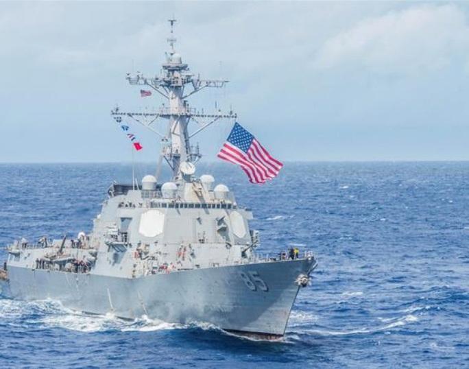 Tàu chiến Mỹ lại đi qua eo biển Đài Loan - Ảnh 1.
