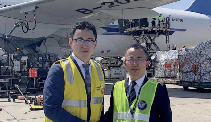 Công ty Trung Quốc âm thầm gom 90 tấn vật tư y tế khiến Úc lao đao - Ảnh 3.