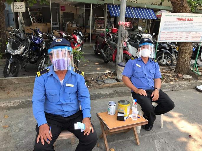 Tự làm mũ bảo hộ phòng dịch Covid-19, chi phí chưa đến 5.000 đồng - Ảnh 6.