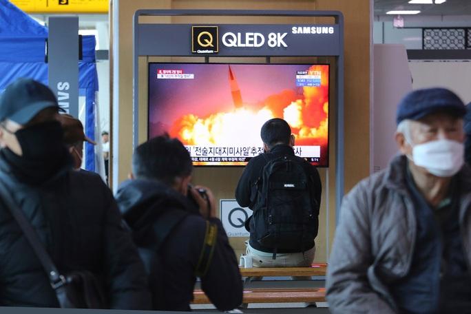 Vì sao Triều Tiên liên tiếp phóng tên lửa trong tháng 3? - Ảnh 1.