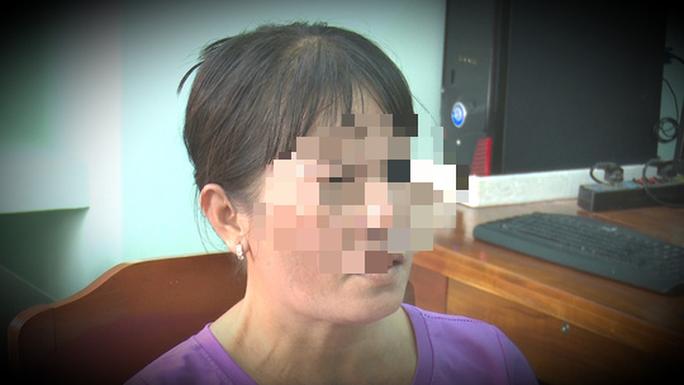 Báo tin giả bị hiếp dâm dã man để giữ chồng không theo vợ nhỏ - Ảnh 1.