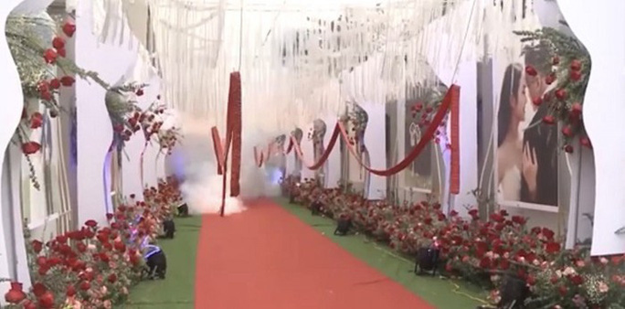Đốt băng pháo dài hàng chục mét trong đám cưới, nhiều người bị công an triệu tập - Ảnh 3.