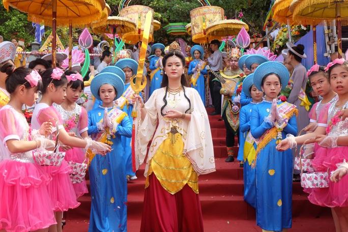 Đà Nẵng tạm ngừng tổ chức Lễ hội Quán Thế Âm để phòng dịch Covid-19 - Ảnh 2.