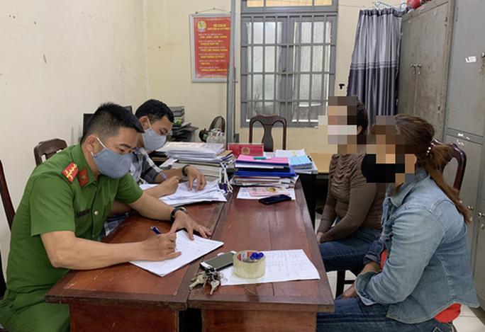 Đà Nẵng: Nữ nhân viên quán nhậu nói đã được công an xã bảo kê nên bị triệu tập - Ảnh 1.