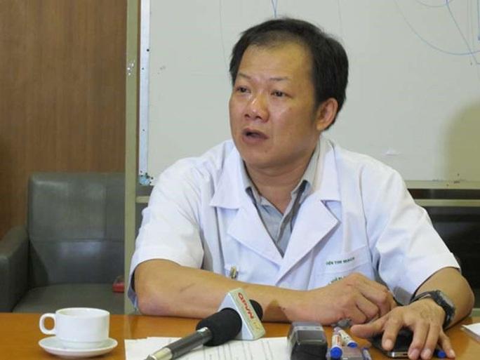 Nhân viên y tế không được ra khỏi nhà ảnh hưởng tới việc điều trị 800 bệnh nhân nặng tại BV Bạch Mai - Ảnh 1.