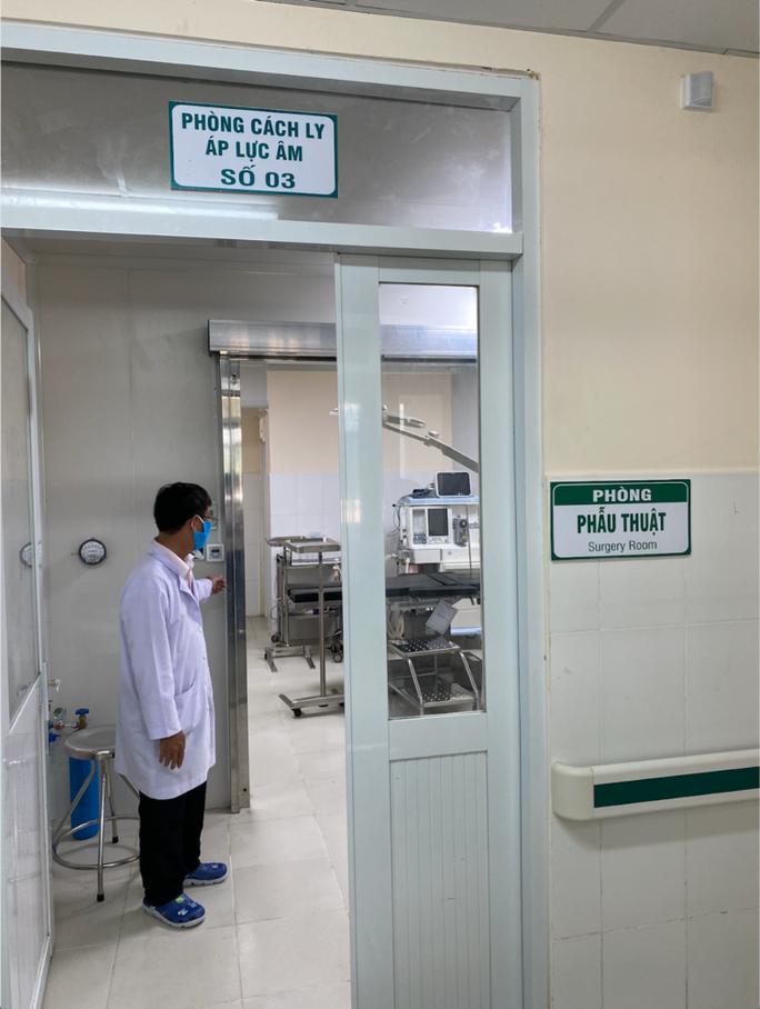 TP HCM: thêm nhiều buồng áp lực âm chuẩn giúp chống lây lan Covid-19 trong bệnh viện - Ảnh 1.