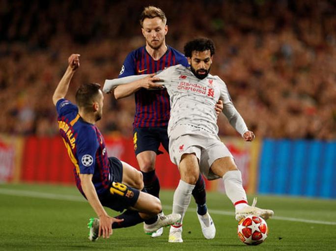 Bóng đá châu Âu chờ phán quyết của UEFA - Ảnh 1.