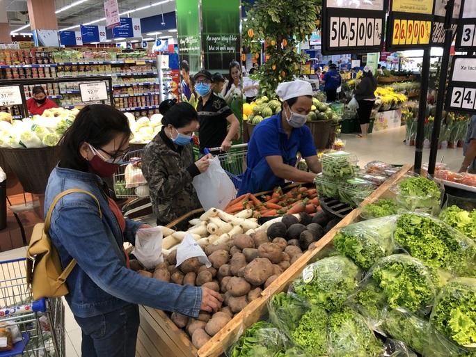 Chợ, siêu thị mở cửa bình thường từ 1-4, hàng hóa dự trữ tới 3-6 tháng - Ảnh 5.