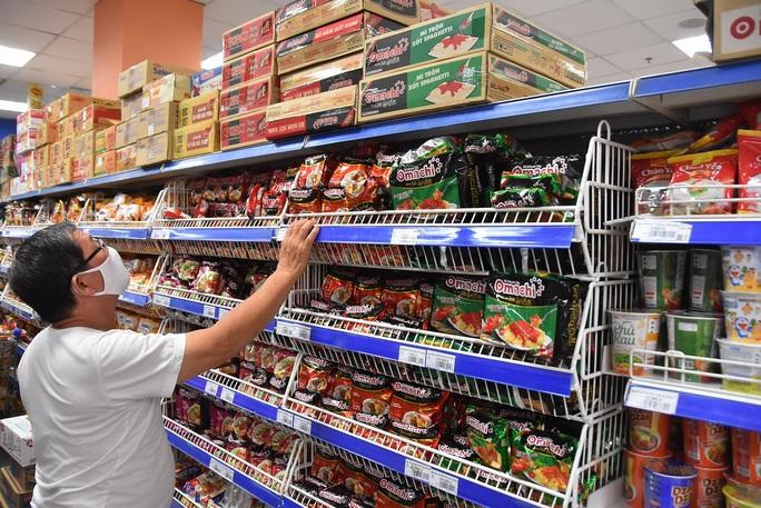 Chợ, siêu thị mở cửa bình thường từ 1-4, hàng hóa dự trữ tới 3-6 tháng - Ảnh 4.