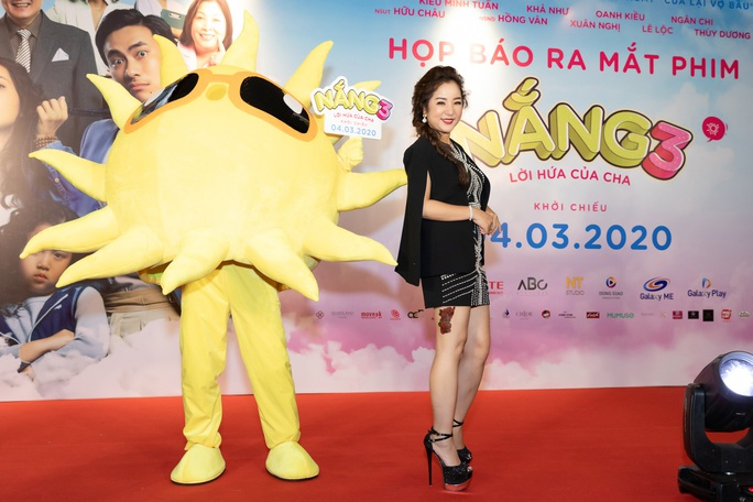 Khả Như, Kiều Minh Tuấn cùng sao Việt hội tụ trên thảm đỏ phim Nắng 3 - Ảnh 4.